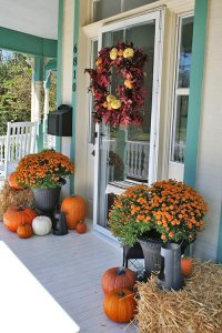DIY Fall Front Door Decorations | The Garden Glove