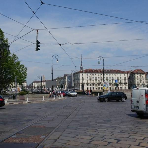 LG G5 Piazza Vittorio Normale