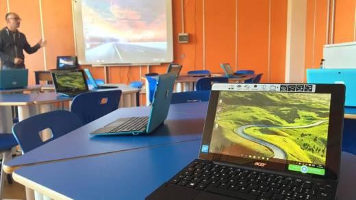 """All'istituto """"Pier Cironi"""" sbarca l'aula 3.0 di Acer Italia"""