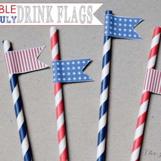 4TH OF JULY DRINK FLAGS
