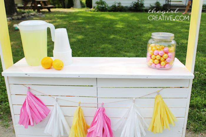 diy lemonade stand plus 50 home depot giveaway the girl. Black Bedroom Furniture Sets. Home Design Ideas
