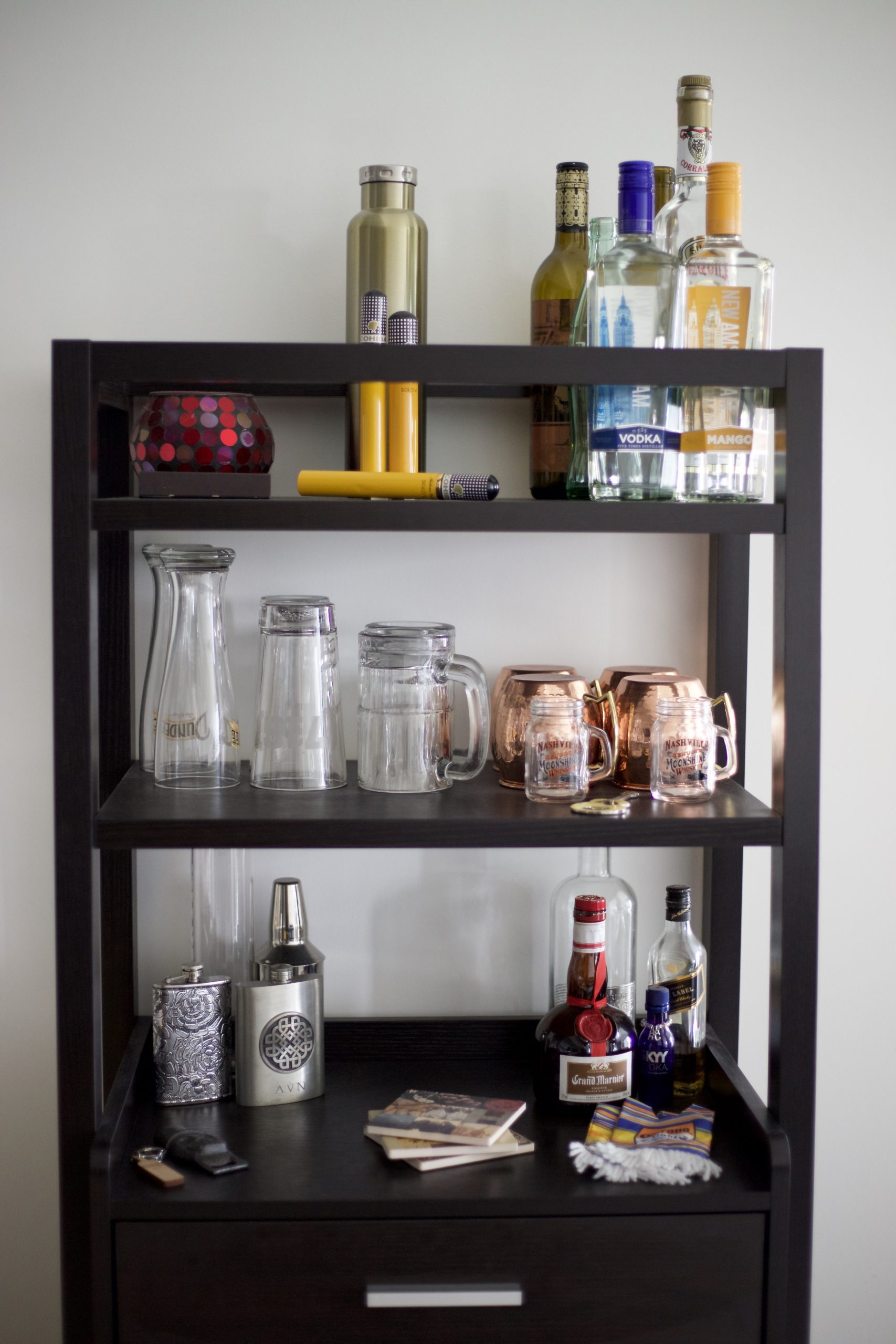 natural light apartment, apartment decor, hollywood apartments, amanda pamblanco, los angeles apartments, luxury apartments, interior design, sunset and vine apartments, how to style a bar cart