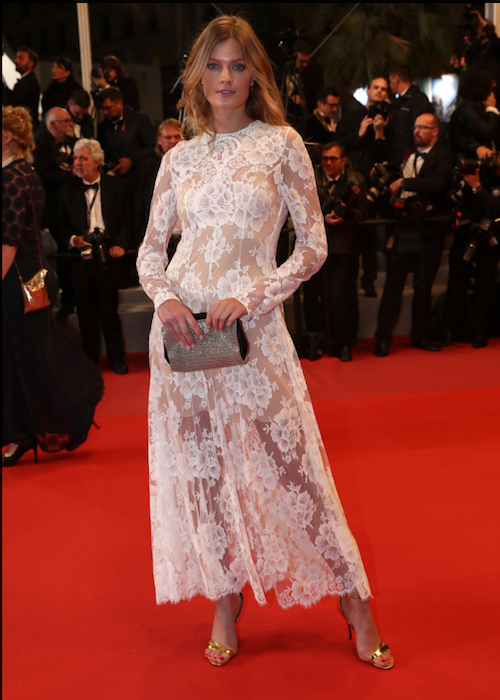 Constance Jablonski with the Roger Vivier Sandal Es' Sensuele and Clutch Flower Strass Cannes 2018