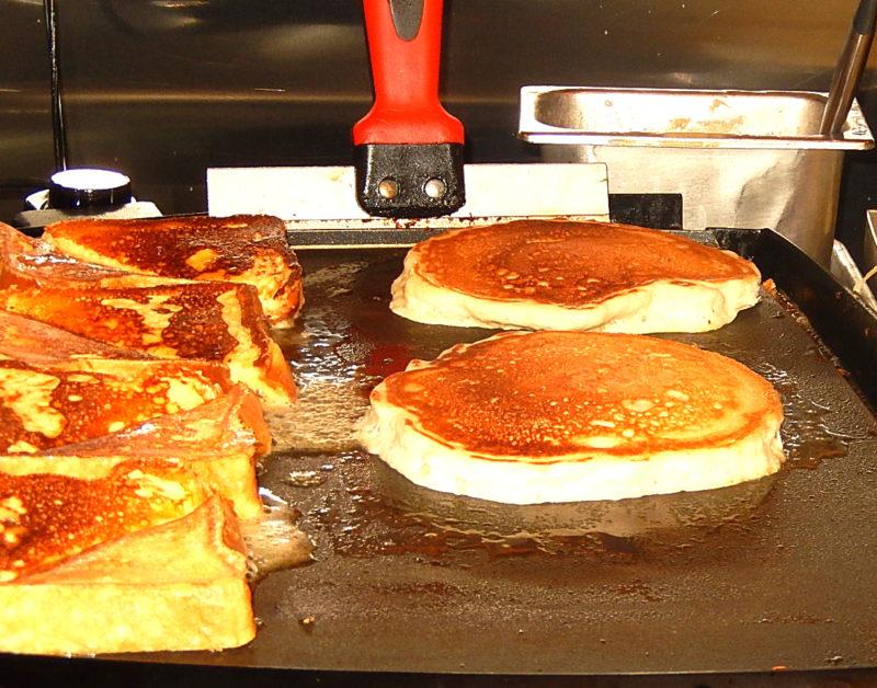 marcy's brunch plain pancakes