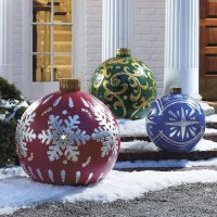 Massive Outdoor Lighted Christmas Ornaments - The Green Head
