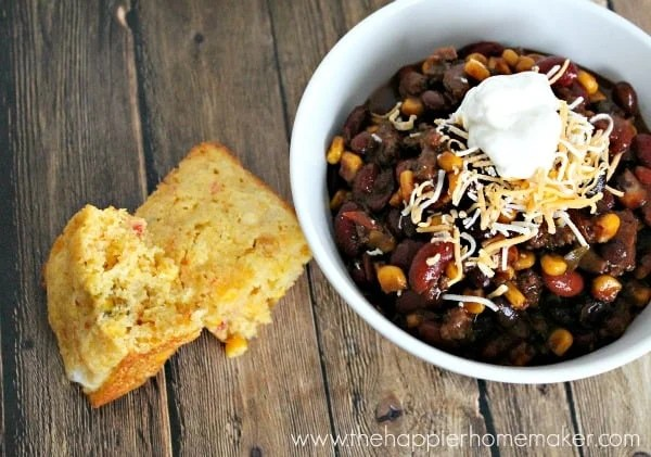 homemade chili and cornbread