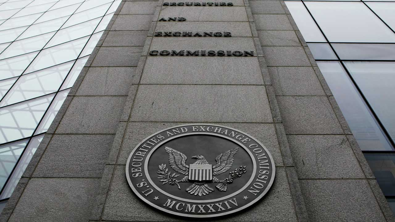 SEC opens door to startup investing for all