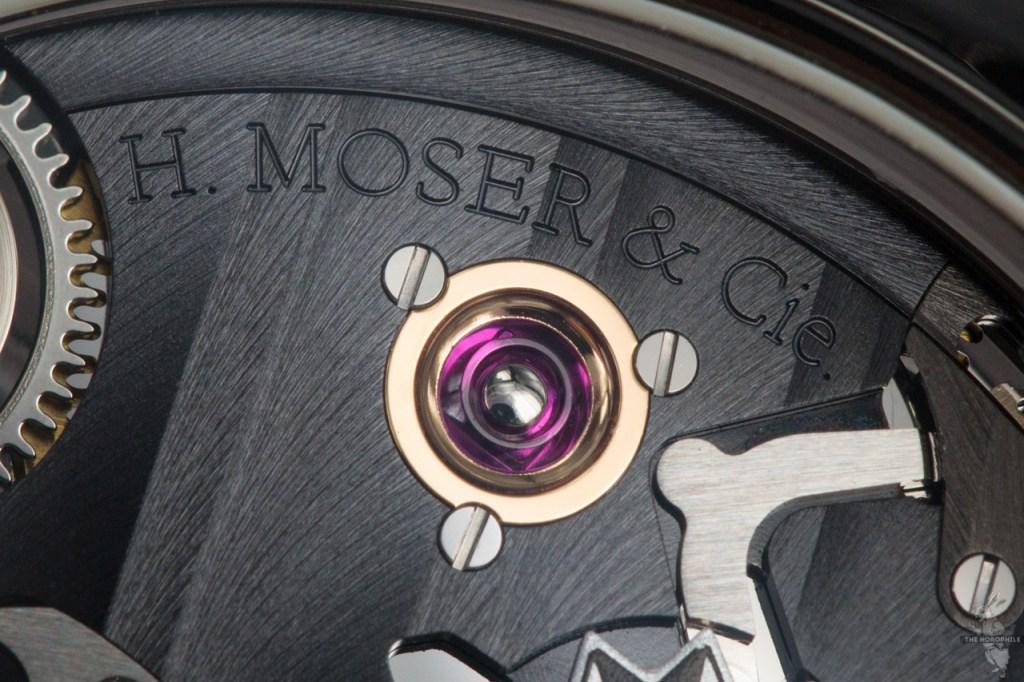 H-Moser-Cie-Endeavour-Perpetual-Calendar-Black-Edition-chaton