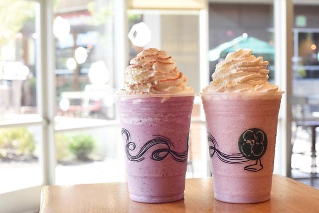 Blackberries Creme and Strawberry Shortcake Frappuccino