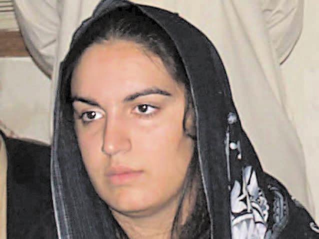 Zardari plans to launch daughter in politics