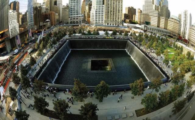 TRAGIC EVENTS OF 9:11 ATTACKS Memorial 1