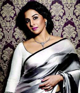 VIDYA BALAN LEARNS HORSE RIDING