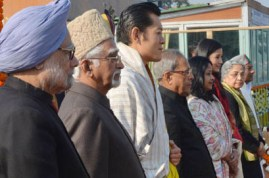 The President, Shri Pranab Mukherjee, the Chief Guest of Republic Day the King of Bhutan, His Majesty Jigme Khesar Namgyel Wangchuck, the Vice President, Shri Mohd. Hamid Ansari, the Prime Minister, Dr. Manmohan Singh and other dignitaries at the Salami Manch on the occasion of the 64th Republic day celebrations, at Rajpath, in New Delhi on January 26, 2013.