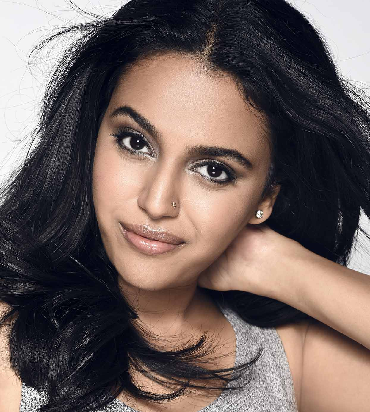 Wallpaper Images With Tamil Quotes Busy Bee Swara Bhaskar Balances Two Films Together The