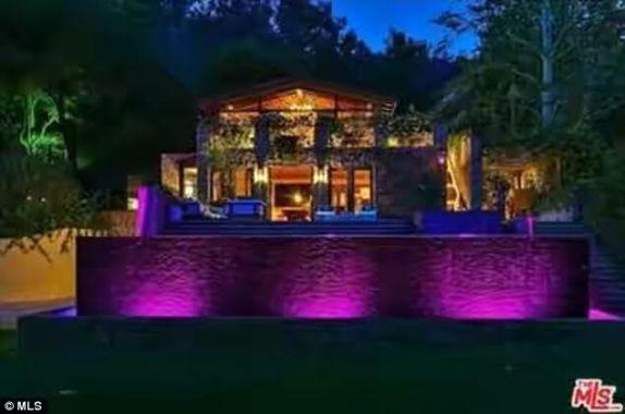 Jennifer Lopez acquires $28million luxury mansion in LA (photos)