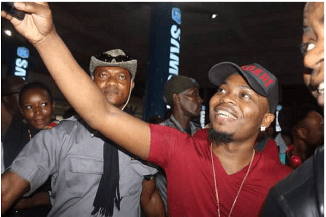 See photos of Olamide, Flavour and Harrysong in Ghana