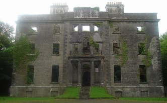 Moore Hall, Mayo, destroyed in February 1923