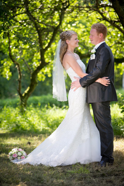 Smil, glæde og kærlighed er bryllupsfotografens motiv