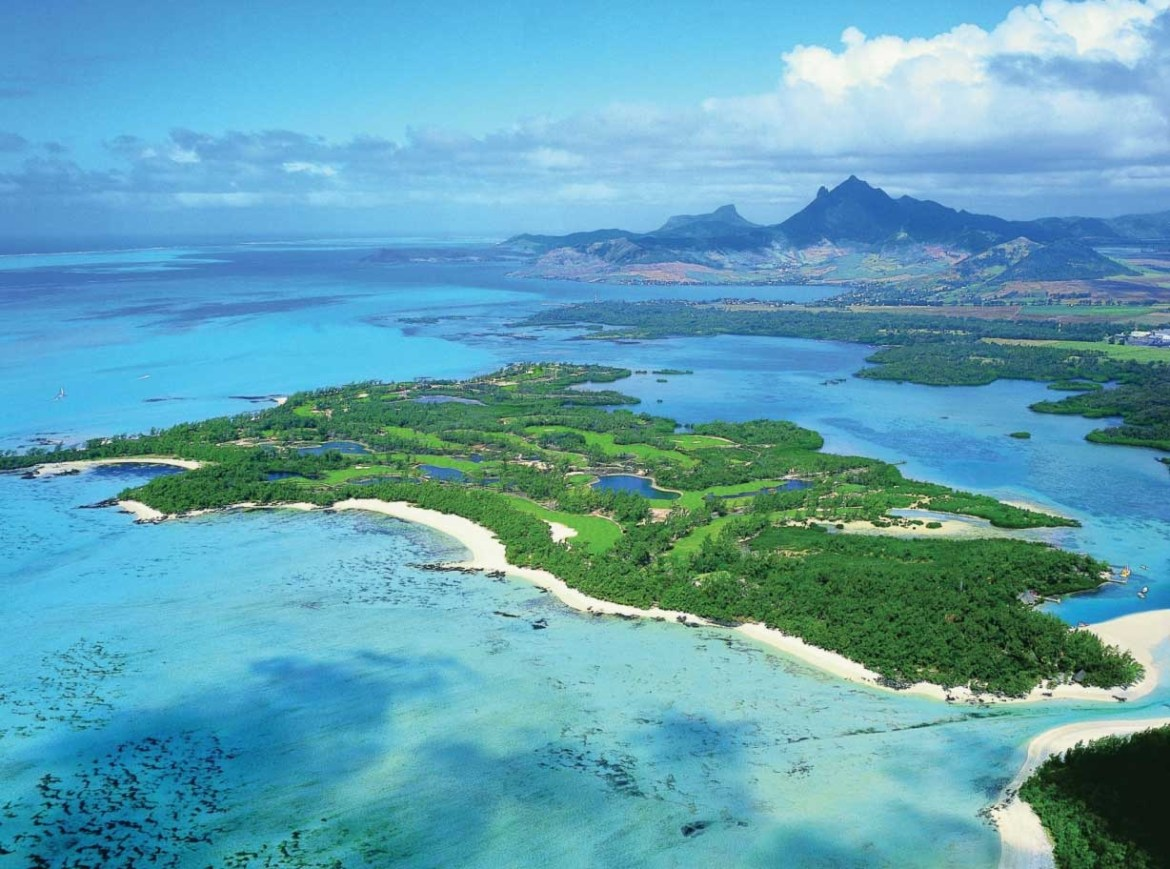 {Guest Blog} 5 reasons to have a Girls' Getaway to Mauritius - The Jax Blog