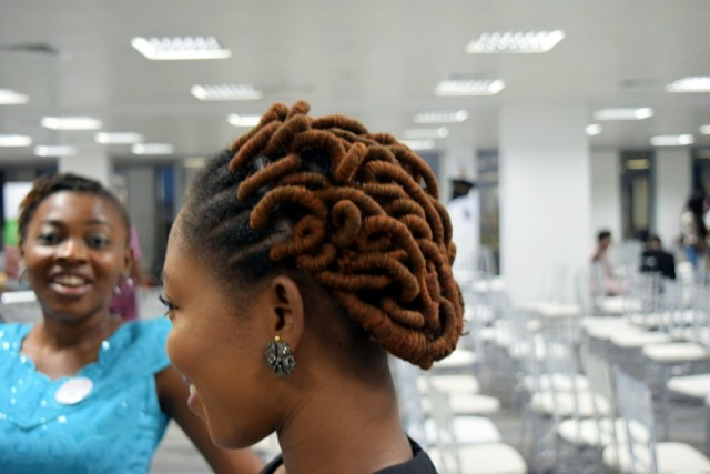 And, her threaded do is giving me ideas :)