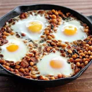 curriedkale&whitebeanbreakfastskillet1