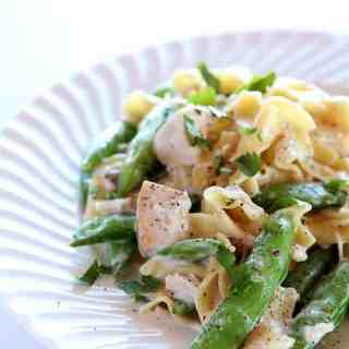creamy-chicken-and-noodles
