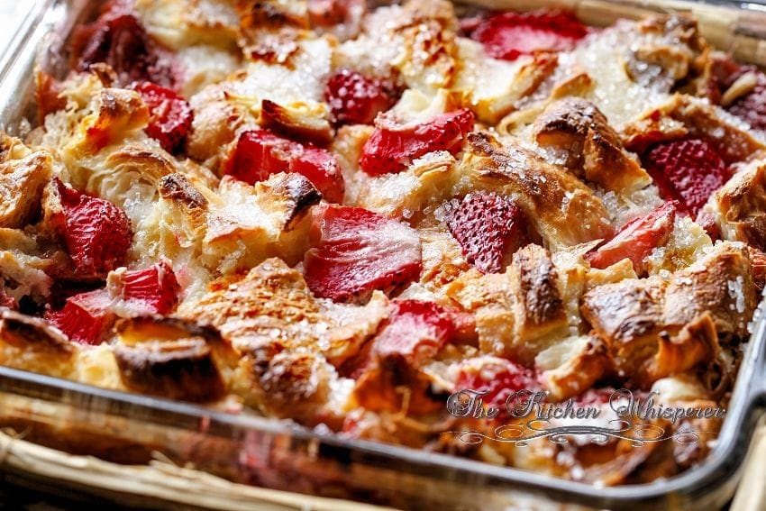 Berry Croissant Cheesecake Breakfast Bake2