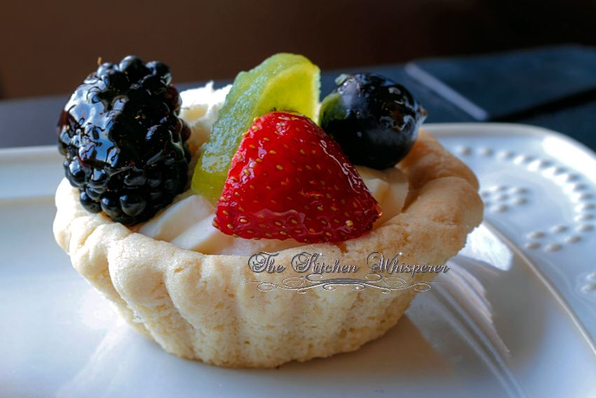 Sugar Cookie Cups with Cheesecake Filling and Fresh Fruit