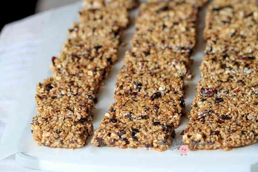Skinny Peanut Butter Protein Granola Bars by The Kitchen ...
