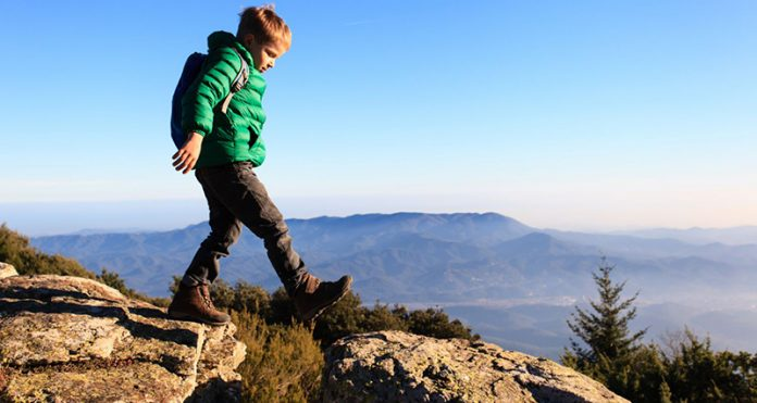 Top 10 Best Hiking Boots For Kids In 2019 Reviews