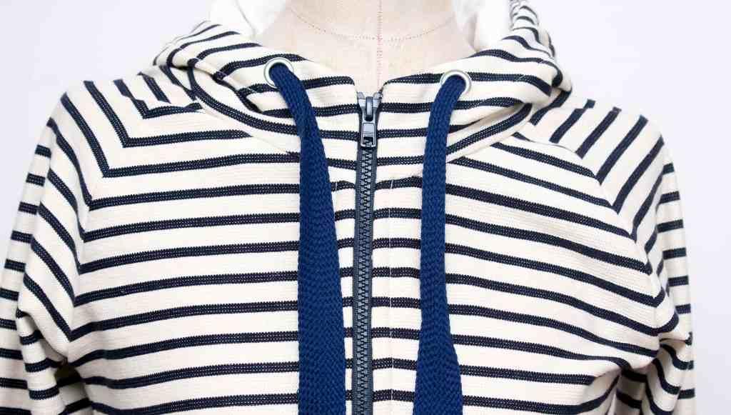 striped-hoodie_015