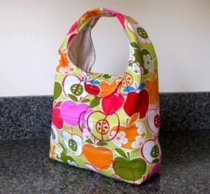 apple 300x277 Lindsays Lunchbox #3