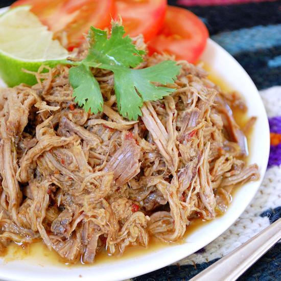 Slow Cooker Shredded Beef Barbacoa Slow Cooker Barbacoa (Shredded Beef)