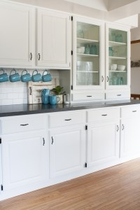 Black and White Farmhouse Kitchen Makeover - The Lilypad ...