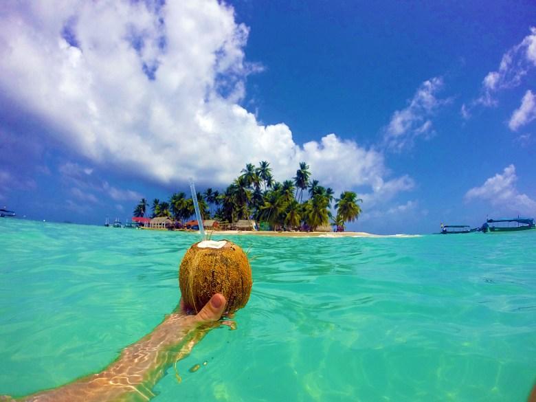 Coconut rum on Isla Tubasenika