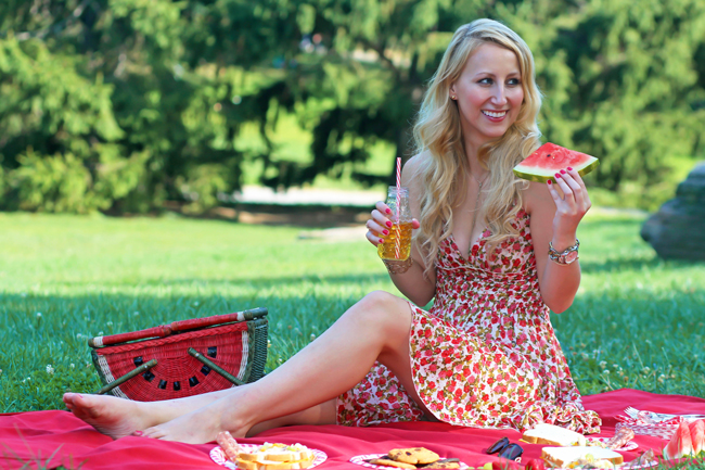 Picnic in Central Park wearing a ModCloth floral halter dress