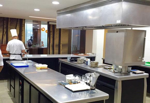 Azurmendi, cocina