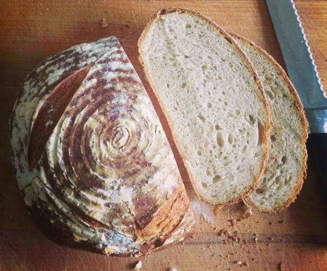 Simple sourdough bread