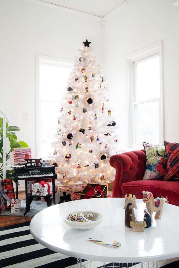Modernizing the Nostalgia of Christmas Decor - The Makerista - contemporary christmas decorationshallmark christmas decorations