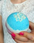 DIY 4th of july bath bomb party favor gift idea | Tutorial by The Makeup Dummy