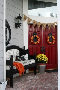 Mysterious And Creepy Front Porch Decorating Ideas for ...