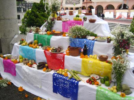 An ofrenda, or traditional Day of the Dead altar, located a few blocks from the Feria de Alfeñique in Toluca, Mexico