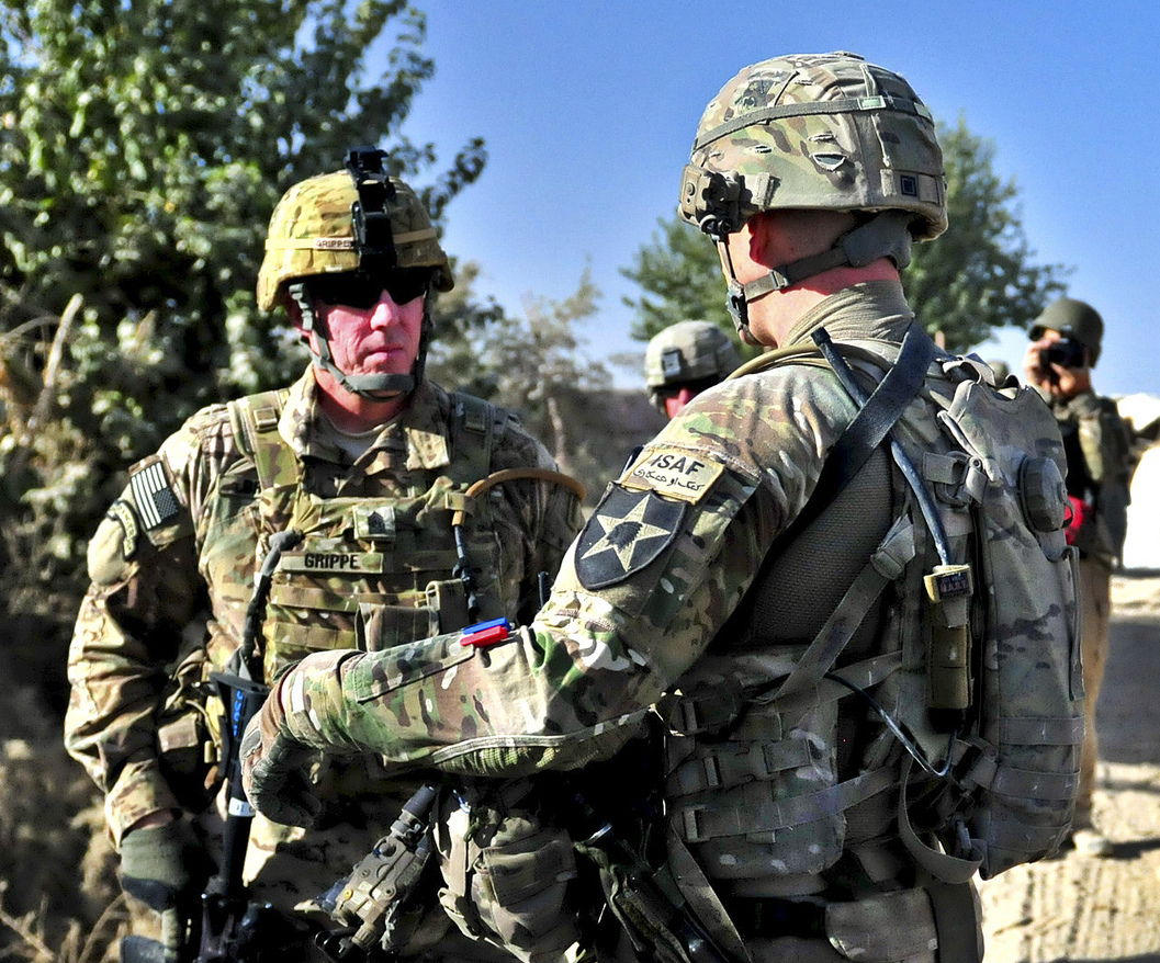 5 Must-Have Conversations for Military Leaders