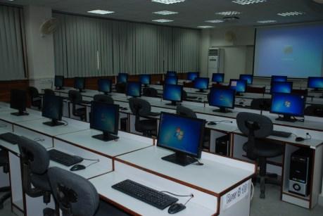 "<img src=""http://www.thenextrex.com/wp-content/uploads/2015/07/NED-University-labs.jpg"" alt=""NED University labs"">"