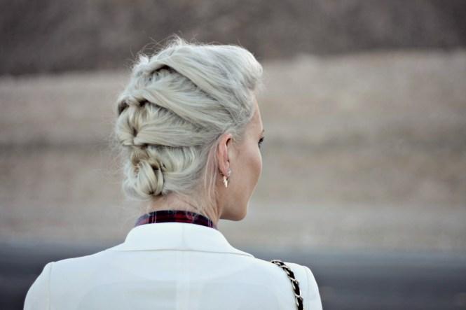 overalls-plaid-shirt-blazer-white-blazer-jacket-leopard-print-platinum-hair-las-vegas-fashion-blogger-lindsey-simon-8