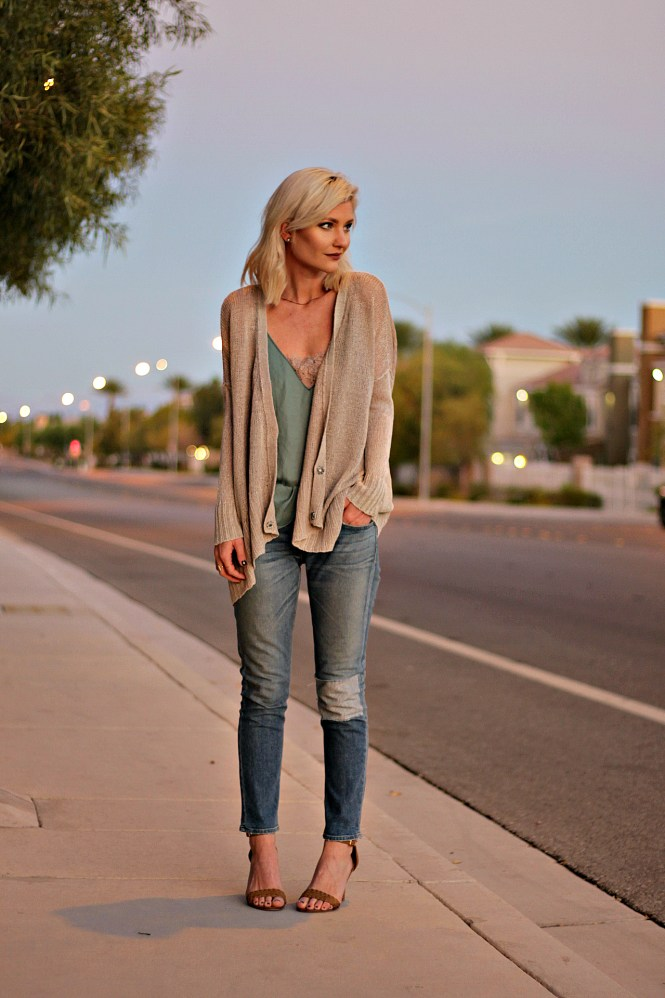 rag-and-bone-jeans-free-people-lace-cami-slouchy-sweater-fall-fashion-the-nomis-niche-lindsey-simon-las-vegas-fashion-blogger-3