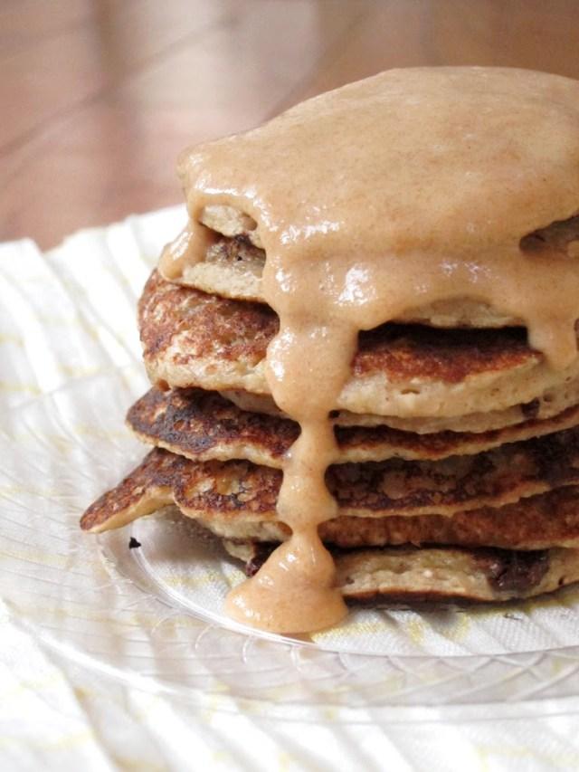 banana-choc-chip-pancakes-007