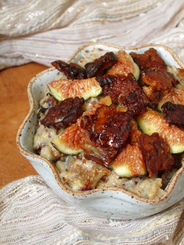 maple-bacon-oatmeal-with-figs-5-