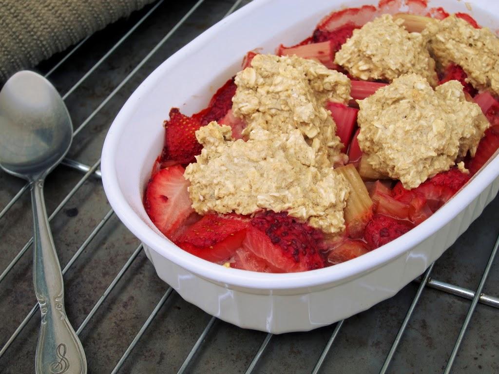 Strawberry Rhubarb Breakfast Cobbler | The Oatmeal Artist