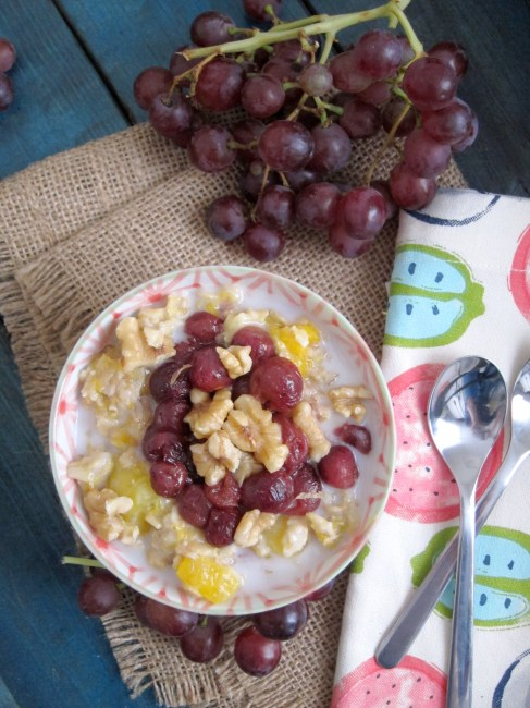 Mango & Roasted Grape Oatmeal by the Oatmeal Artist